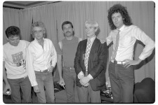 Queen mit Andy Warhol