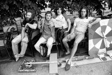 C 1975 Island Records